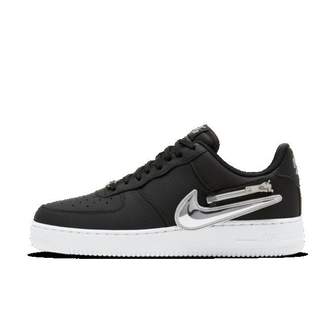 Nike Air Force 1 Zipper Swoosh 'Black' zijaanzicht