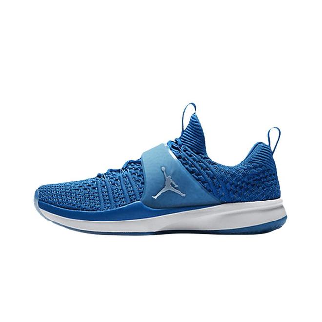 Jordan Trainer 2 Flyknit Military Blue Sneakers