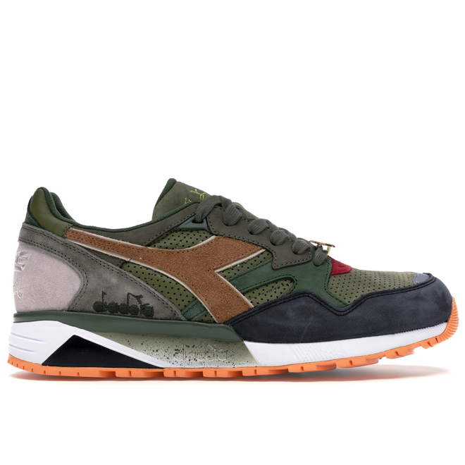 Diadora N9002 24 Kilates x mita x Mighty Crown Respect Over Hate