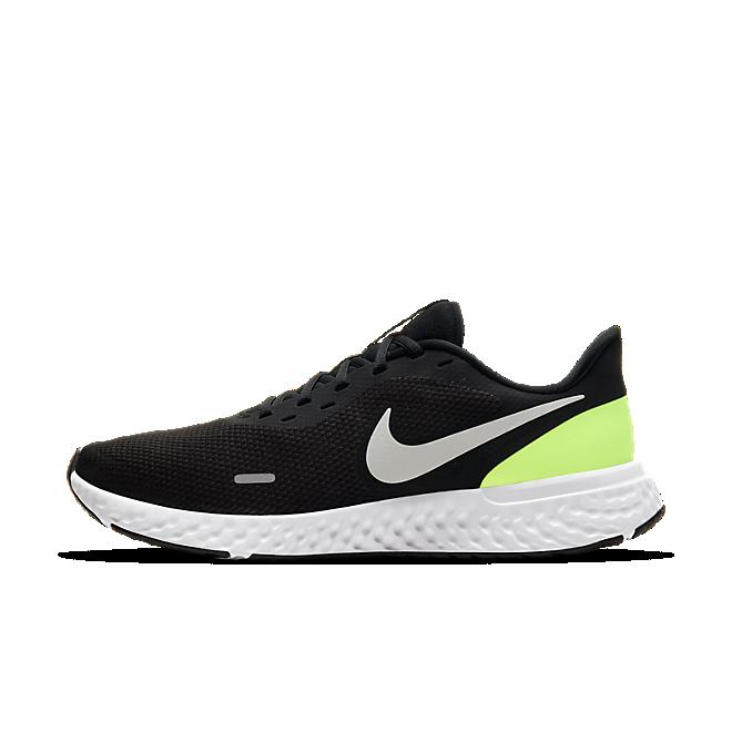 Nike Revolution 5 Black Volt