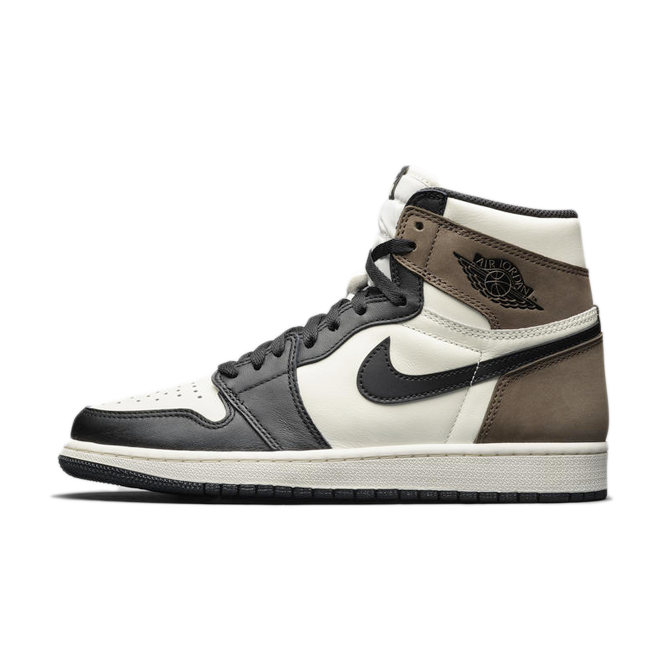 Air Jordan 1 High 'Sail/Mocha' zijaanzicht