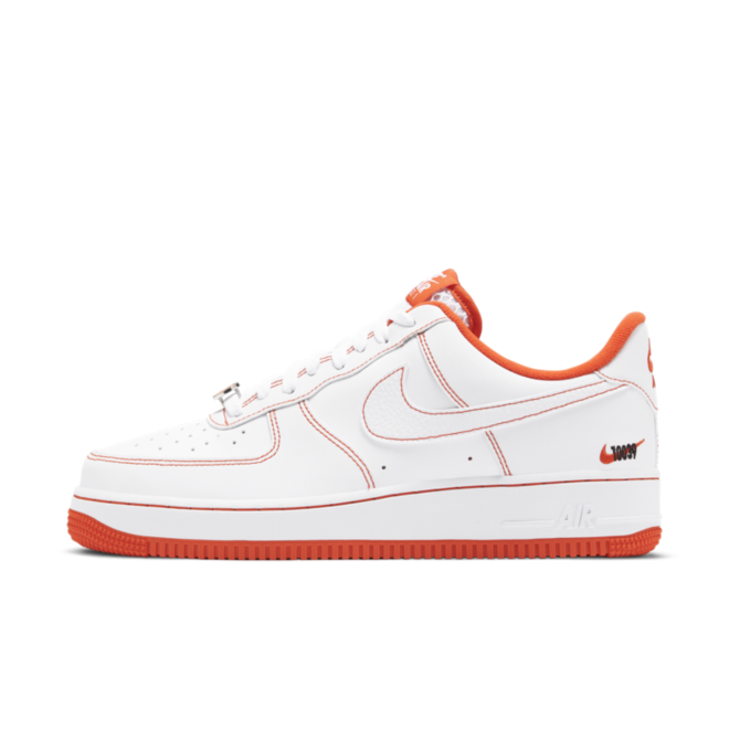 Nike Air Force 1 '07 'Rucker Park' zijaanzicht