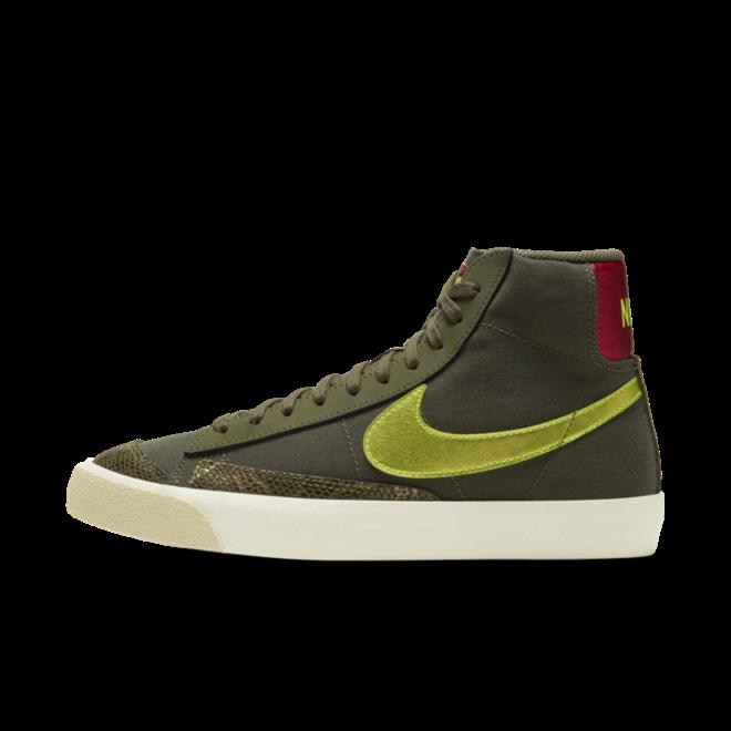 Nike WMNS Blazer Mid 'Snakeskin'