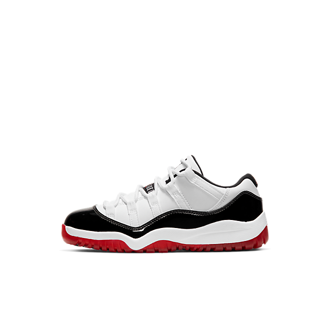 Air Jordan 11 Low PS 'Concord Bred' zijaanzicht