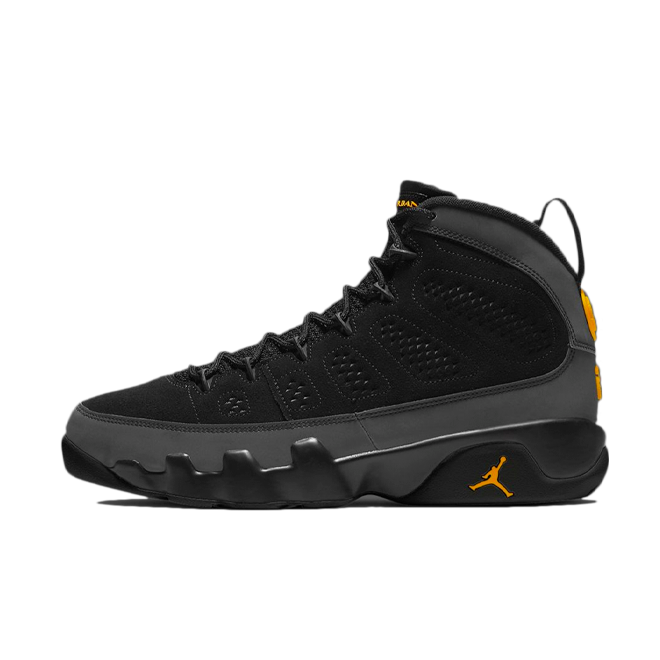 Air Jordan 9 'University Gold' zijaanzicht