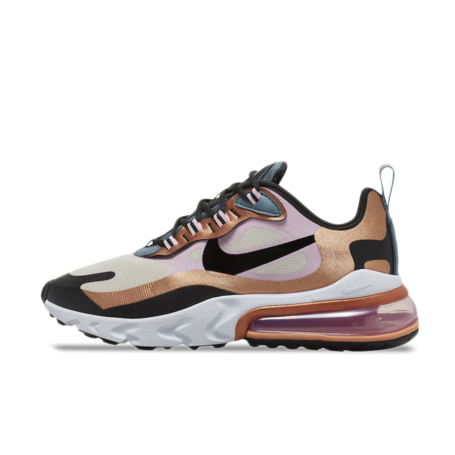 Nike Air Max 270 React 'Bronze' zijaanzicht