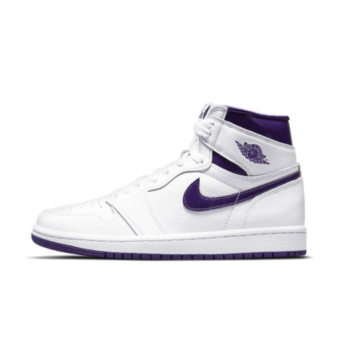 Air Jordan 1 High WMNS 'Court Purple' zijaanzicht