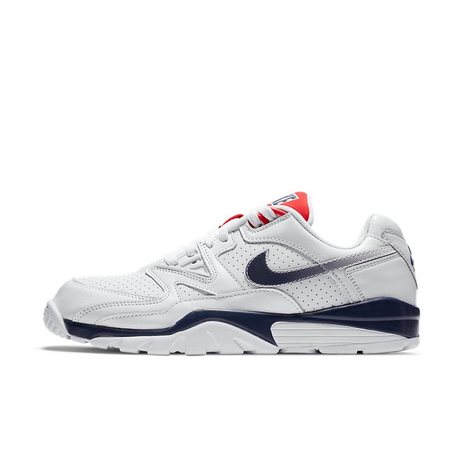 Nike Air Cross Trainer 3 Low 'USA' zijaanzicht