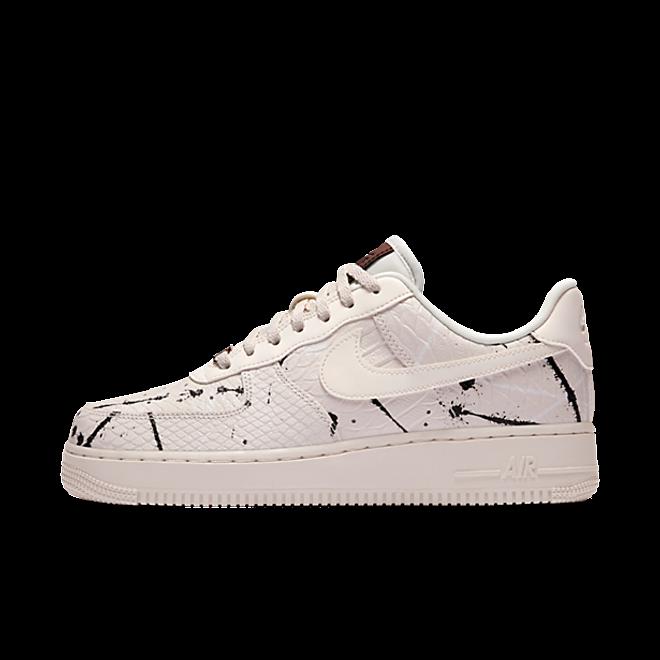 Nike Air Force 1 07 LUX WMNS | 898889 007 | Sneakerjagers