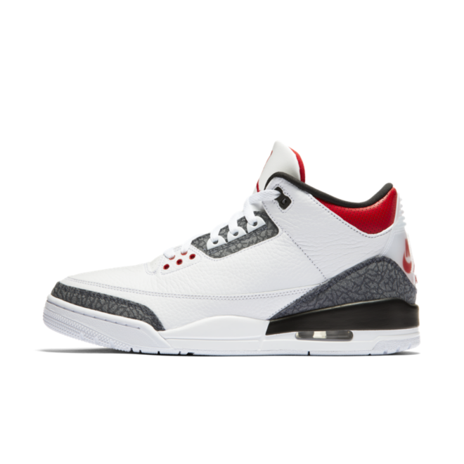 Air Jordan 3 SE Denim 'Fire Red' zijaanzicht