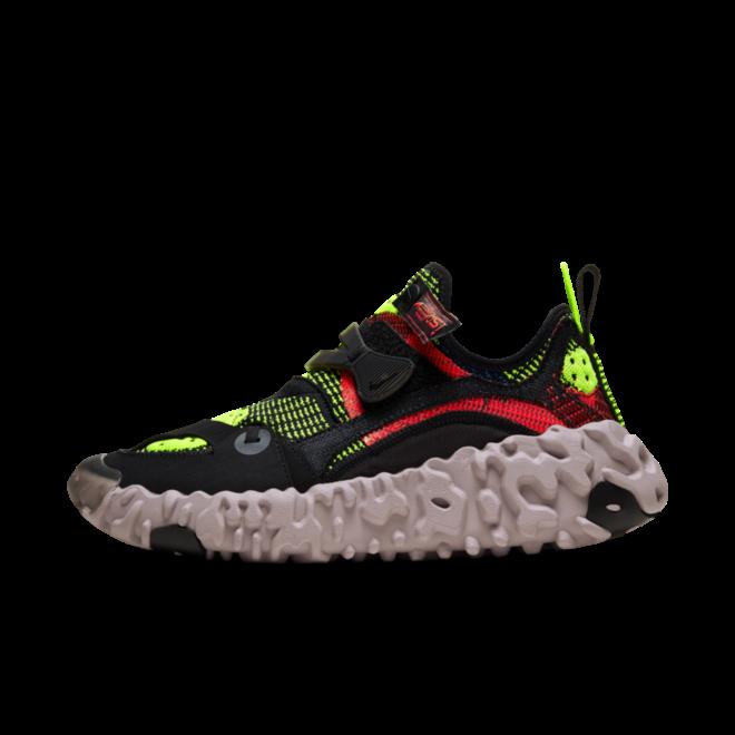 Nike OverReact ISPA 'Black' zijaanzicht