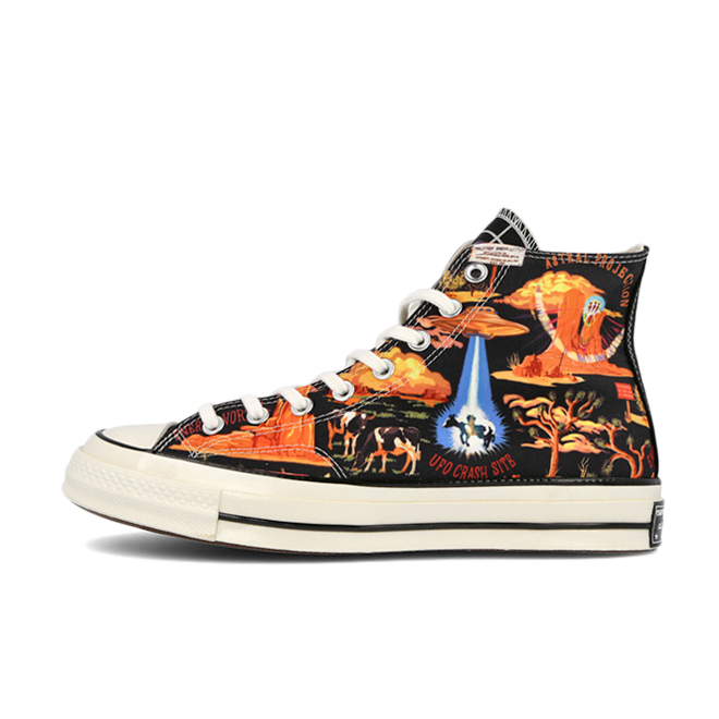 Twisted Resort X Converse Chuck 70s Hi zijaanzicht