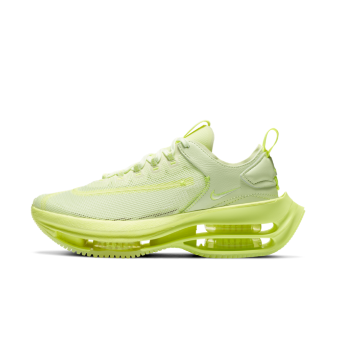 Nike WMNS Zoom Double Stacked 'Barely Volt' zijaanzicht