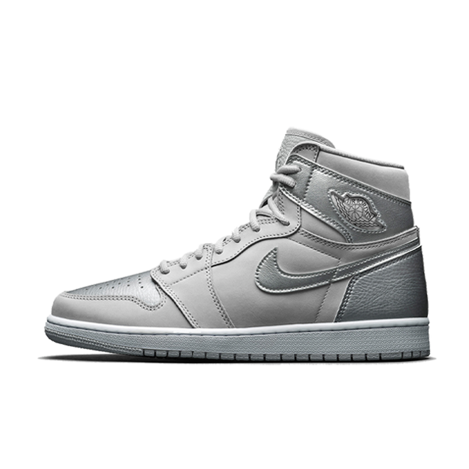 Air Jordan 1 High 'Metallic Silver' zijaanzicht
