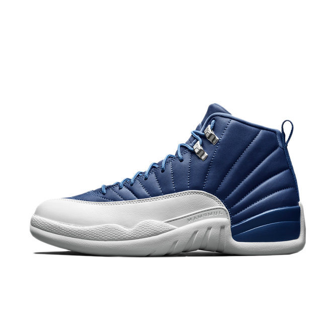 Air Jordan 12 Retro 'Stone Blue' zijaanzicht