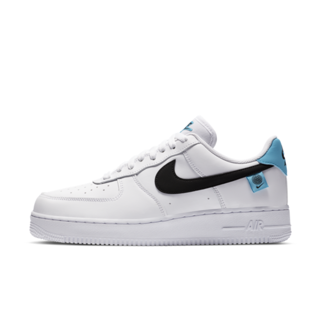 Nike Air Force 1 '07 Worldwide Pack' - White zijaanzicht