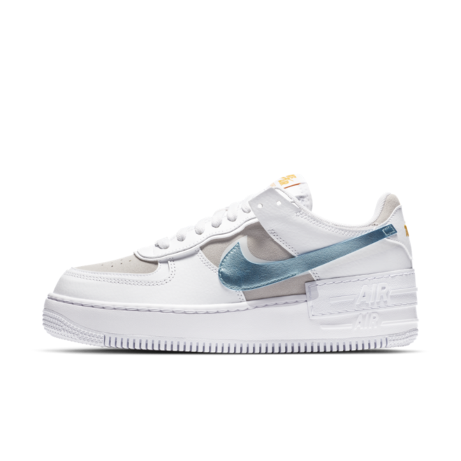 Nike Air Force 1 Shadow 'Glacier Ice' zijaanzicht