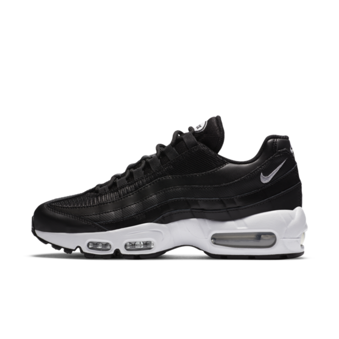 Nike Air Max 95 Essential 'Black' zijaanzicht