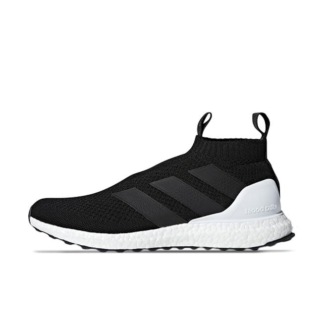 adidas ACE 16+ Ultra Boost Black White zijaanzicht