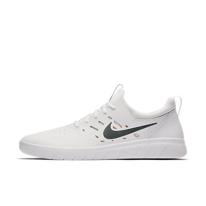 Nike SB  Nyjah Free 'White'