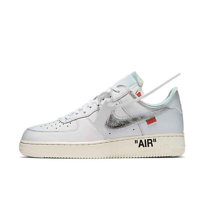 OFF WHITE X Nike Air Force 1 zijaanzicht