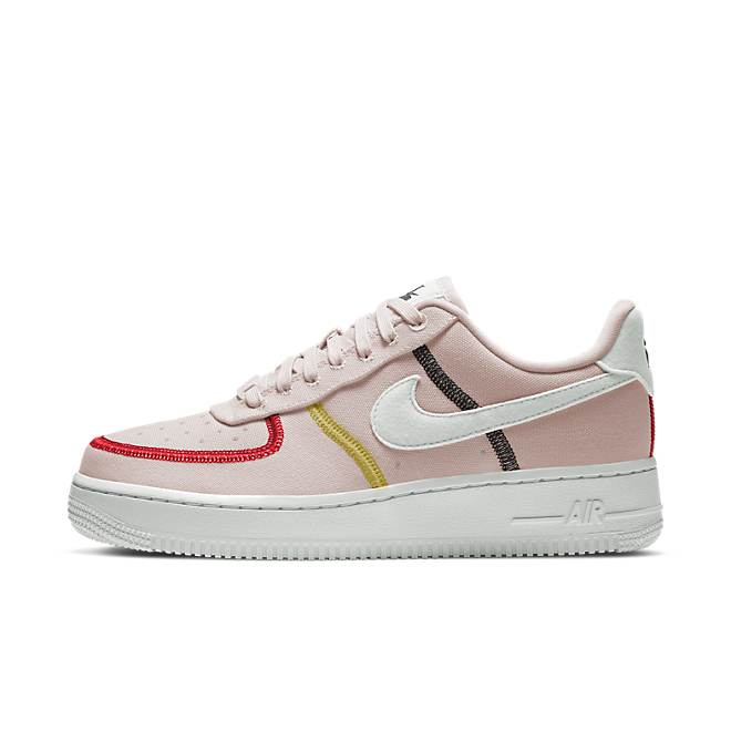 Nike Air Force 1 '07 LX 'Siltstone Red' zijaanzicht