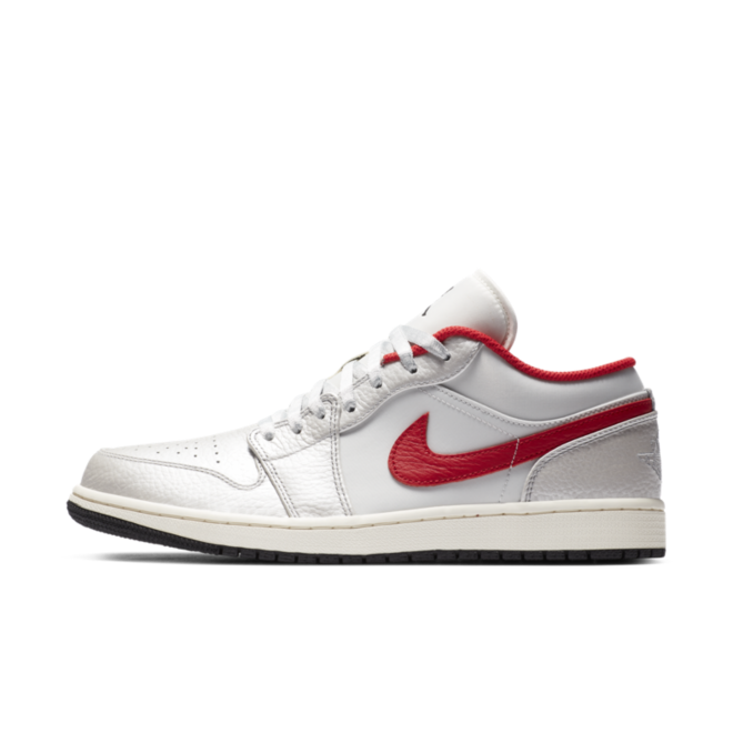Air Jordan 1 Low 'White/Red' zijaanzicht