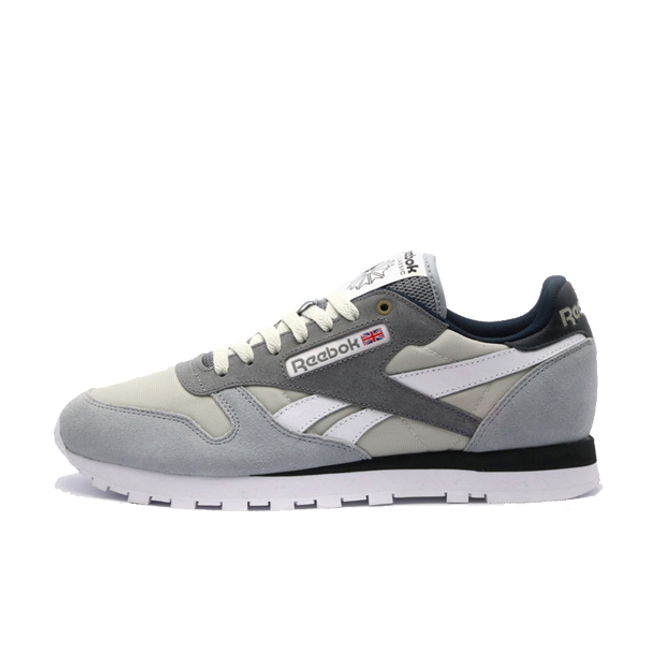 Reebok x Montana Cans Classic Leather 'Grey' zijaanzicht