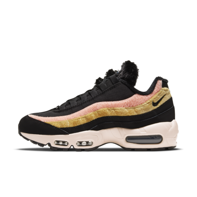Nike Air Max 95 Fur 'Black' zijaanzicht
