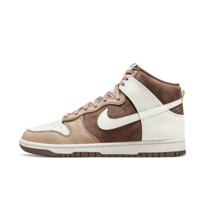 Nike Dunk High 'Light Chocolate'