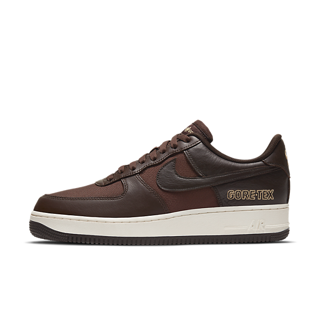 Gore-Tex X Nike Air Force 1 Low 'Brown' zijaanzicht