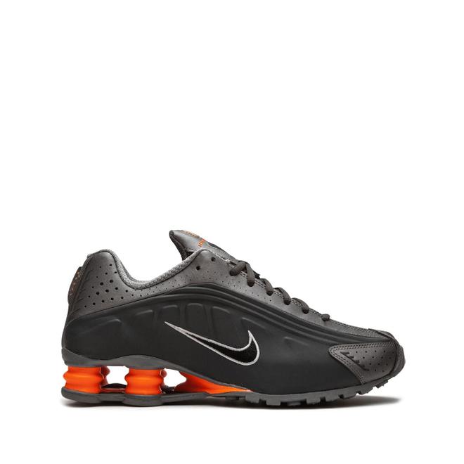 Nike Shox R4 low-top