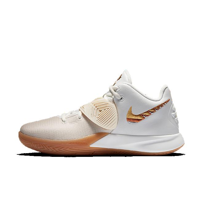 Nike Kyrie Flytrap III Wit Goud