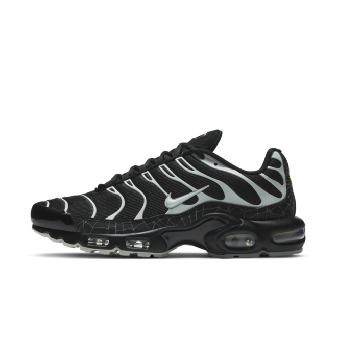 Nike Air Max Plus 'Halloween' zijaanzicht