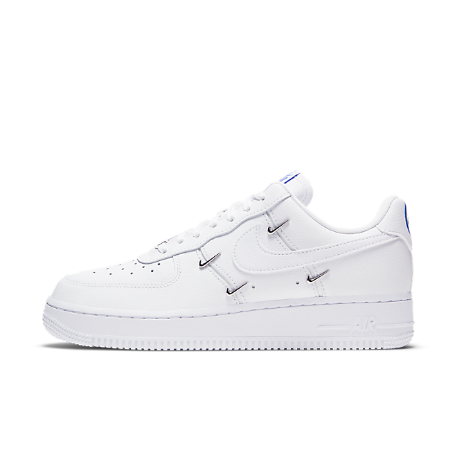 Nike Air Force 1 '07 LX 'Mini Swooshes' zijaanzicht