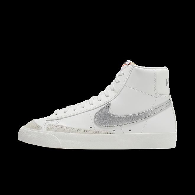 Nike Blazer Mid '77 Summit White Silver (W)