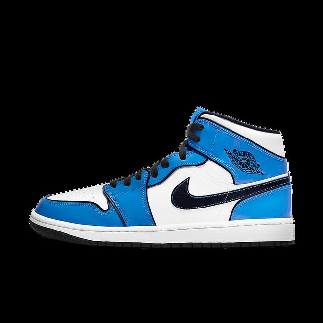 Air Jordan 1 Mid 'Signal Blue' DD6834-402