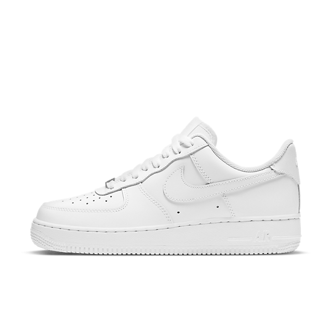 "Nike Air Force 1 07 ""Triple White"""