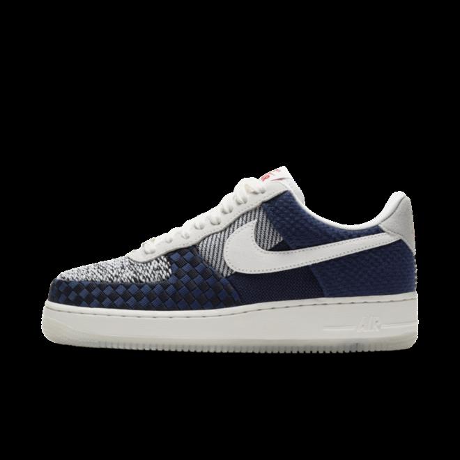 Nike Air Force 1 'Sashiko' zijaanzicht