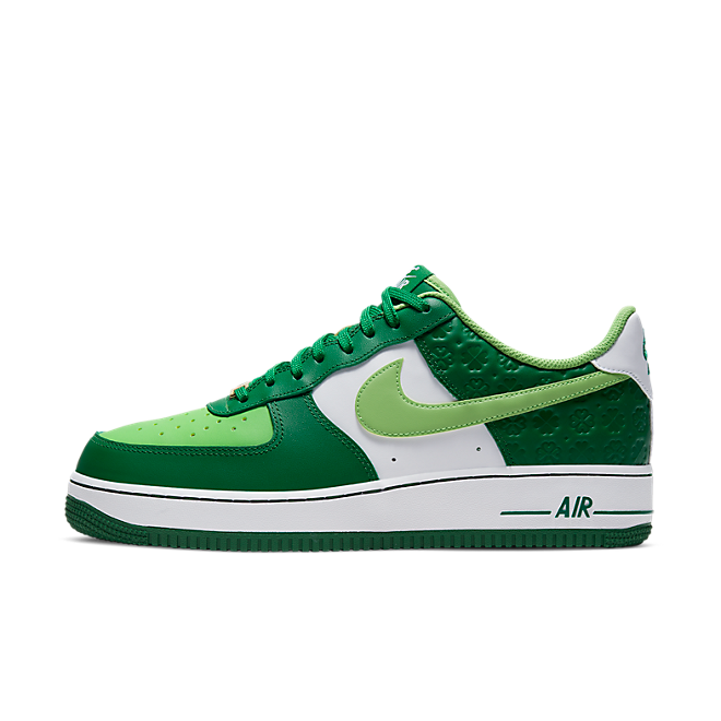 Nike Air Force 1 'St. Patrick's Day' zijaanzicht
