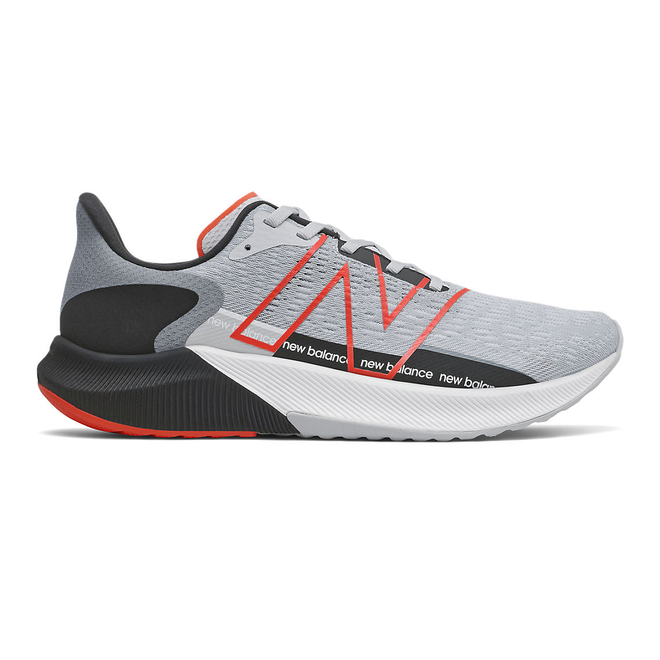 New Balance FuelCell Propel v2 - Light Cyclone with Ghost Pepper