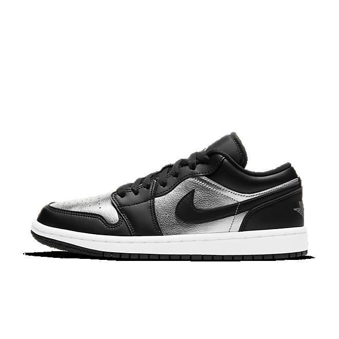 Air Jordan 1 Low SE 'Silver Toe' zijaanzicht
