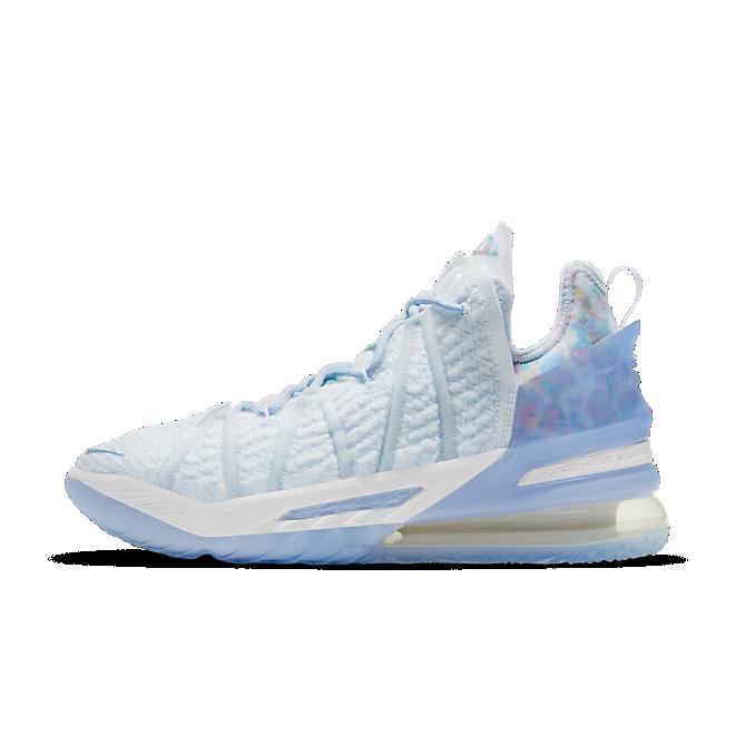 Nike Lebron 18 'Play for the Future'