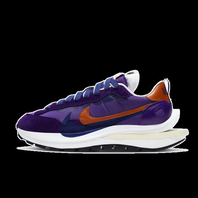 Sacai X Nike VaporWaffle 'Dark Iris' DD1875-500