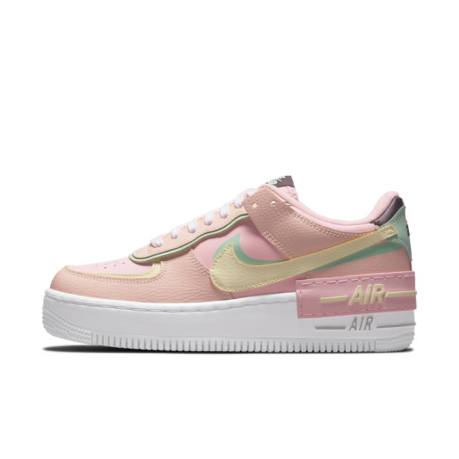 Nike Air Force 1 Shadow 'Arctic Punch' zijaanzicht