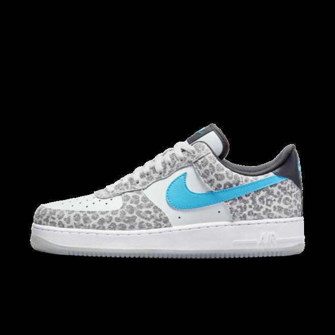 Nike Air Force 1 Low 'Leopard' zijaanzicht