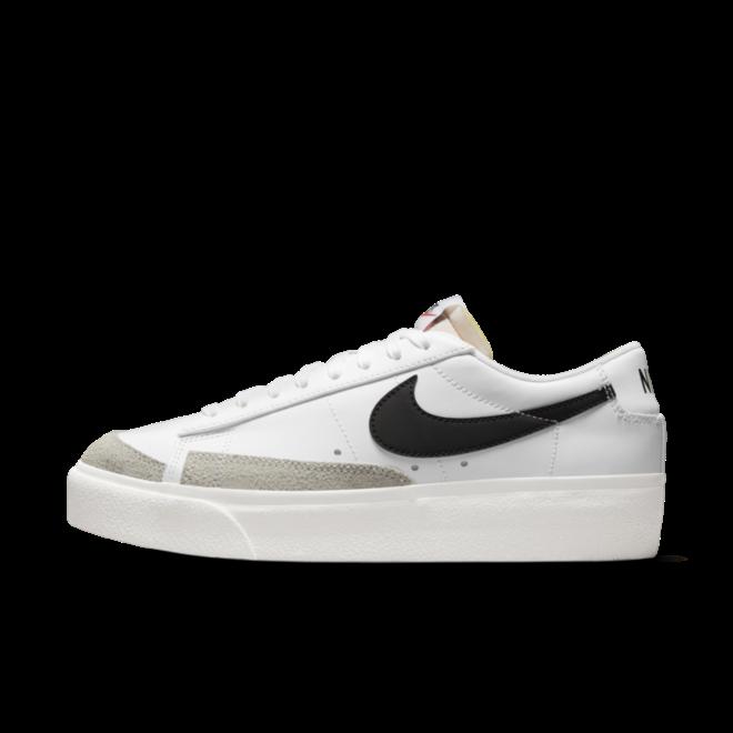 Nike Blazer Low Platform 'White' zijaanzicht