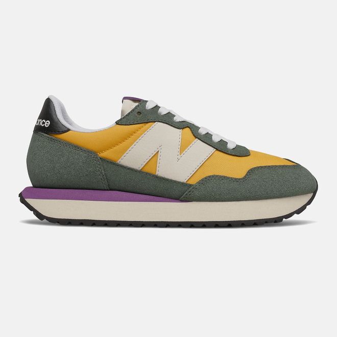 New Balance 237 - Team Gold with Black Spruce