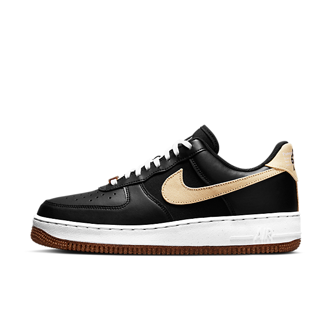 Nike Air Force 1 Low 07 LV8 'Pomegranate' - Plant Cork Pack zijaanzicht