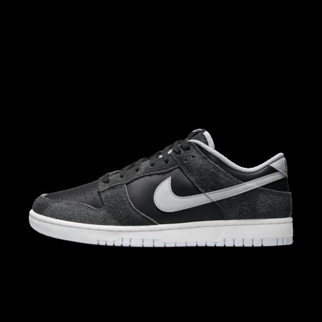 Nike Dunk Low Premium 'Zebra' zijaanzicht